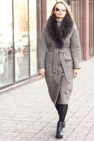Длинное пальто зимнее 2018-2019 с меховым воротником из песца