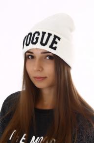 Белая женская шапка VOGUE