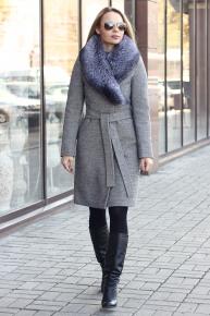 Длинное кашемировое пальто с чернобуркой на воротнике