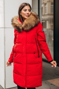 Пуховик зимний красный