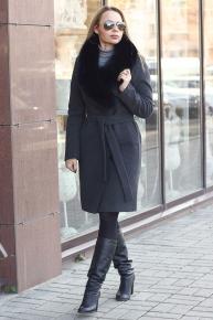 Длинное зимнее пальто в пол с песцовым воротником